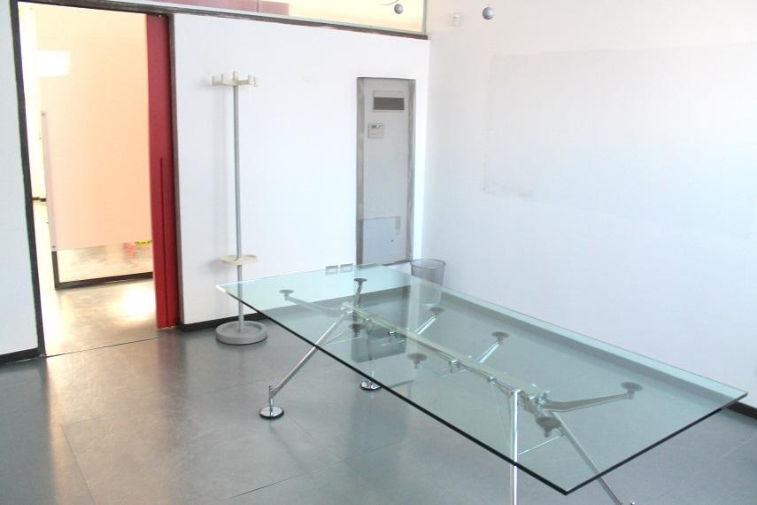 Monza MB, Via Collodi 8, 4 Rooms Rooms,1 BagnoBathrooms,Ufficio,Affitto,MB,1080