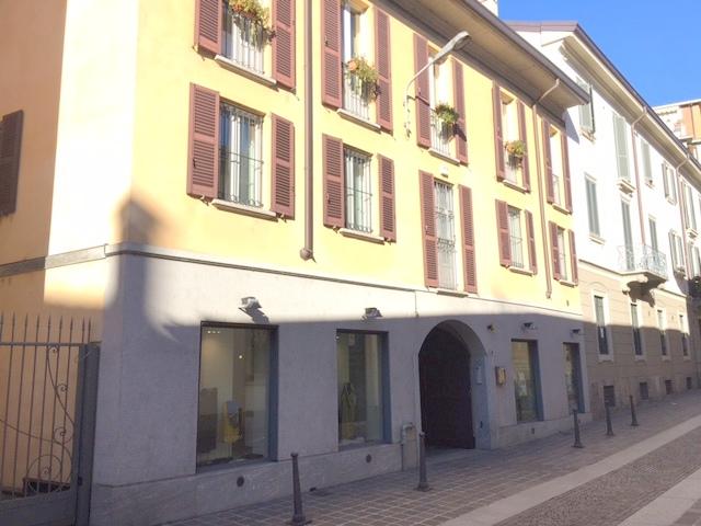 Monza MB, Via Frisi 9, 2 Rooms Rooms,1 BagnoBathrooms,Ufficio,Affitto,MB,1097