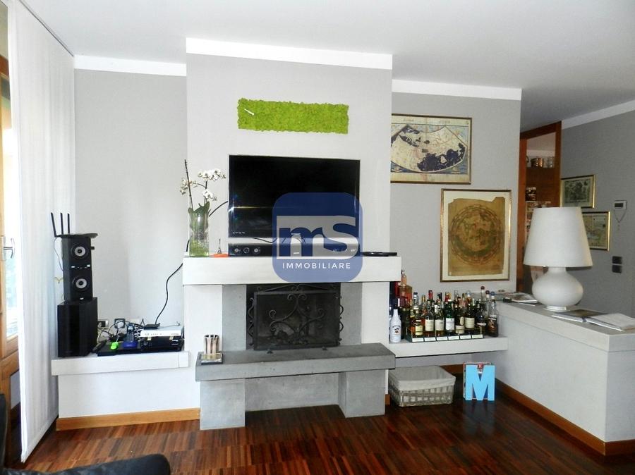 Barzanò LC, Via Mazzini 2, 4 Stanze da Letto Stanze da Letto, ,2 BathroomsBathrooms,Appartamento,Vendita,LC,1122
