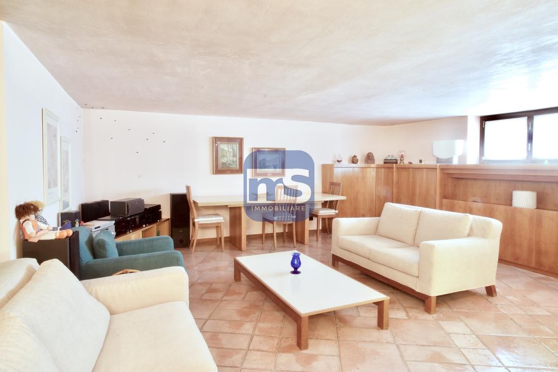 Biassono MB, Via Enrico Fermi 3, 4 Stanze da Letto Stanze da Letto, ,2 BathroomsBathrooms,Villa,Vendita,MB,1141