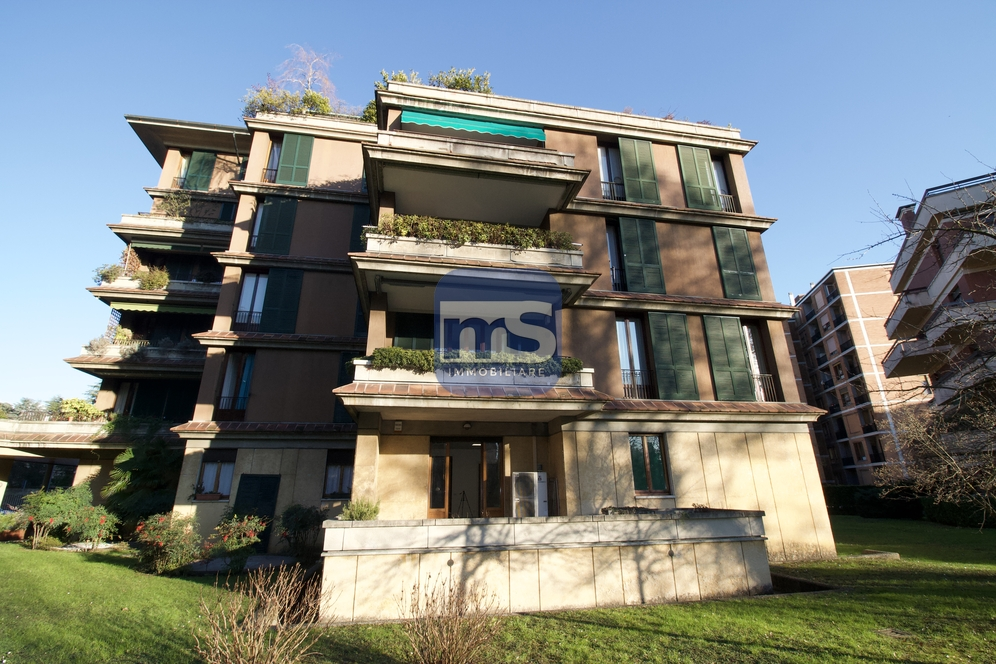 Monza MB, Largo Esterle 3, 6 Stanze Stanze,3 BathroomsBathrooms,Ufficio,Affitto,MB,1177