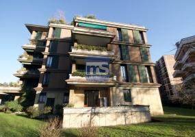 Monza MB, Largo Esterle 3, 6 Stanze Stanze,3 BathroomsBathrooms,Ufficio,Affitto,MB,1177